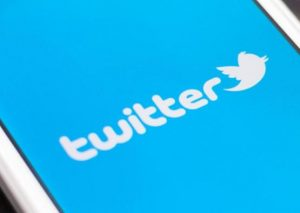 Google and Salesforce hold talks to acquire Twitter