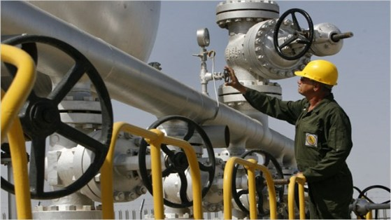 'IEA warns oil market could 'drown in oversupply'
