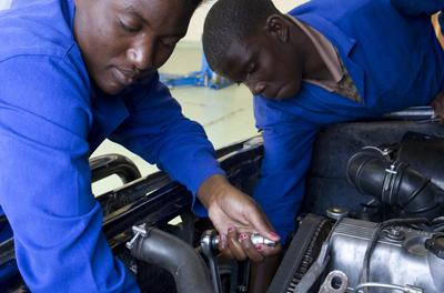 Formal structure for apprenticeship may improve youth employment, say experts