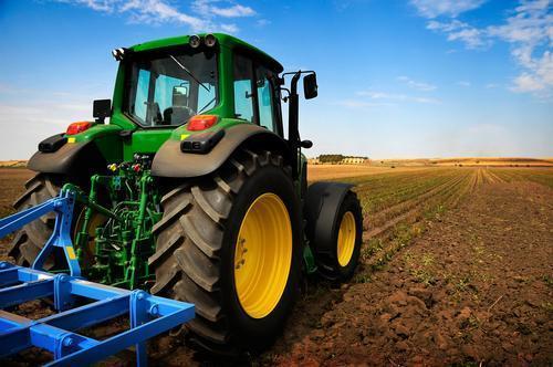 The Nigerian farmer versus American farmer