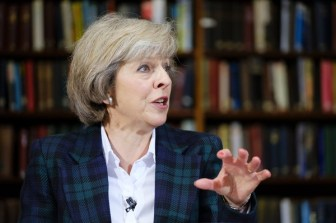 May's 'hard Brexit' denials fail to steady pound as market fears rise