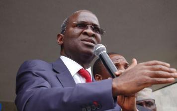 FG to prioritize critical economic roads in 2017 - Fashola
