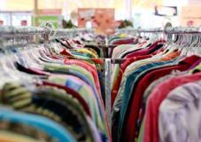 U.K. Retail sales exceed forecasts as consumers stir