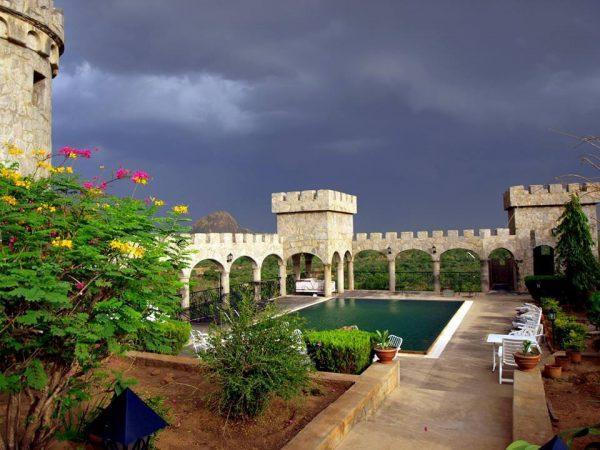 Royalty calls at Kajuru Castle Kaduna