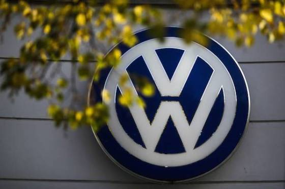 Volkswagen puts up fresh $1.2bn to end drivers' emissions claims