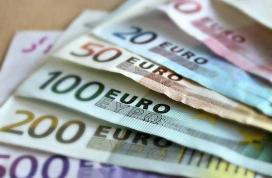 What does IHS Eurobond say about where Nigeria's might price?