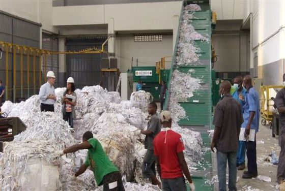 Manufacturers blame Q3 performance on slow budget implementation