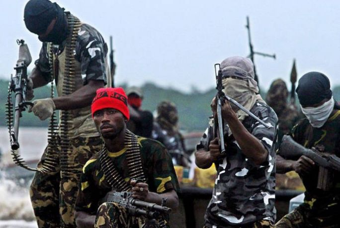 FG commits to dialogue with Niger Delta militants to guarantee N1.9trn oil revenue