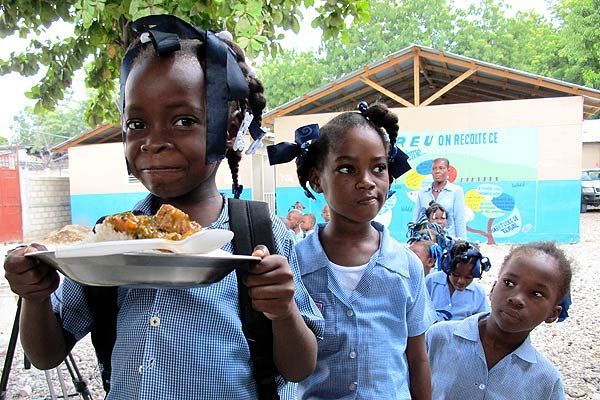 FG releases N375m for School Feeding Programme