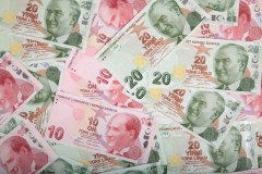Turkey could face double-digit inflation as lira falls