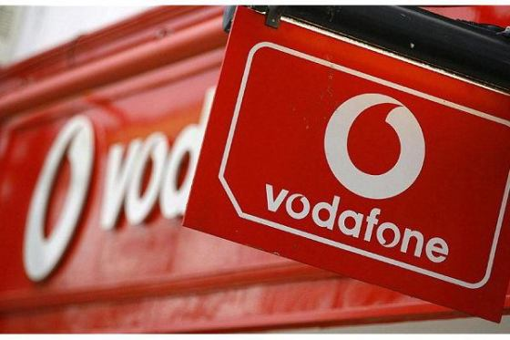 Vodafone eyes network for 380m users in India with Idea Cellular merger plan