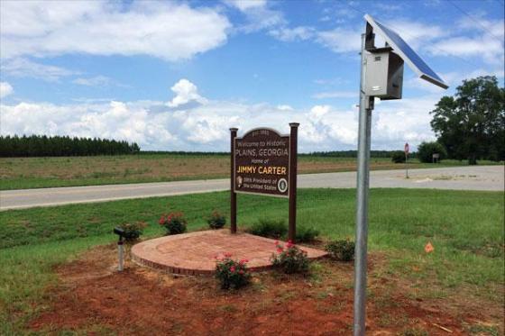 Former U.S. President Carter goes solar, helping power rural hometown