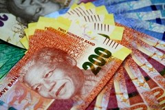 South African rand holds near 5-wk high; stocks set to open lower