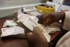 Currency dealers buy only $39m out of $100m offered by CBN
