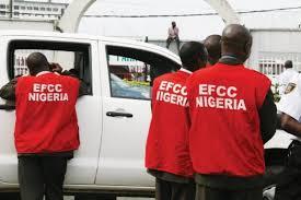 EFCC arrests Ekiti commissioner, accountant general