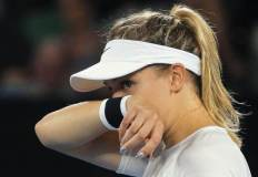 Sharapova should not play tennis again- Bouchard