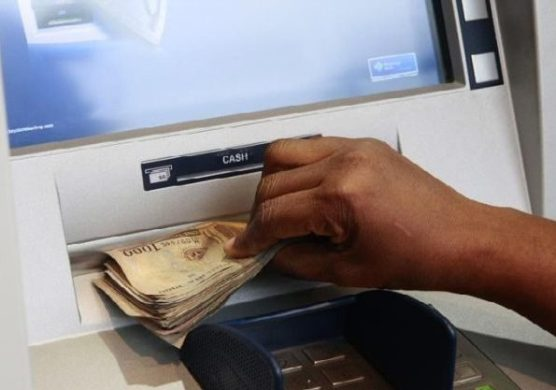CBN suspends new cashless charges on deposit, withdrawal