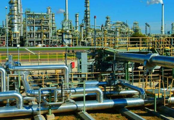 Nigeria's drive to increase refining capacity runs into hitches, licences expire