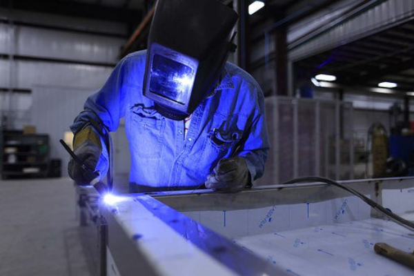 PMI expands sluggishly to 56.2 points in September
