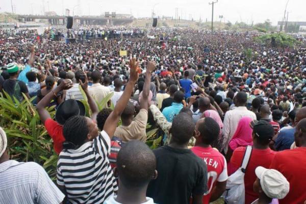 Rising population, dwindling jobs put Nigeria on brink of socio-economic crisis