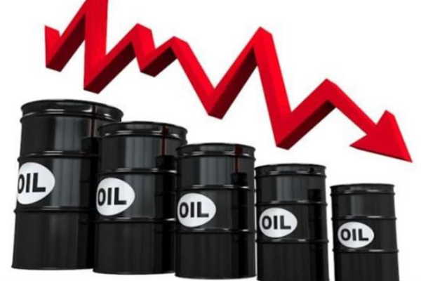 Falling oil price continues to threaten dollar-dependent manufacturers