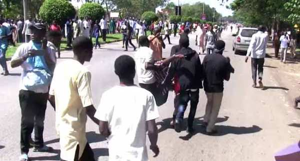 U.S urges FG to probe killing of Shi'ite protesters