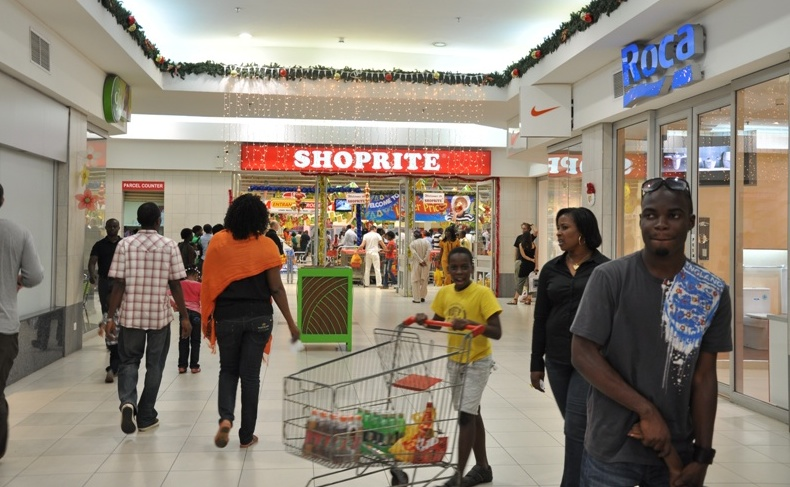 Nigerian shopping malls turn photo studios as tenants bemoan low ...