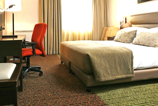 Make the most of your stay at Ikoyi Sun