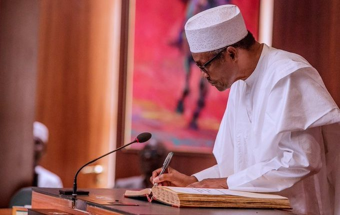UPDATE: Buhari signs N10.59trn 2020 budget into law