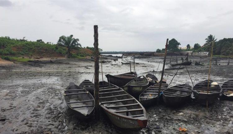 Reps move to curb dangers of oil spill