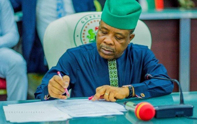 Supreme Court verdict like a daylight robbery, Ihedioha tells APC