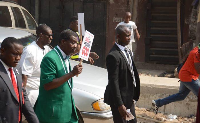 Pastor Adeboye leads Prayer Walk against killings and insecurity in Nigeria