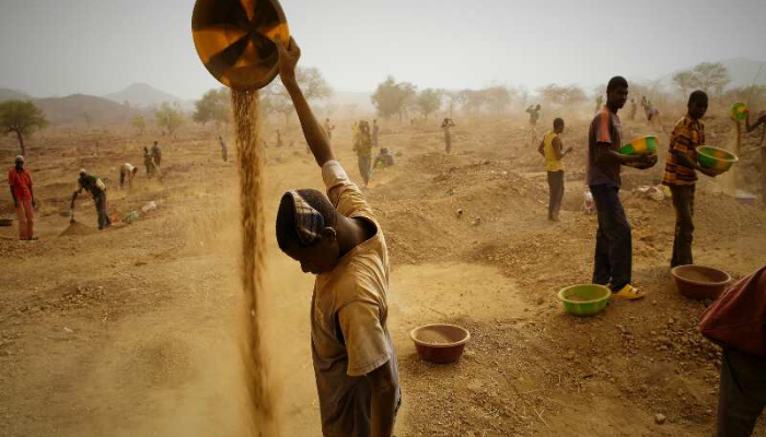 FG partners World Bank to formalise activities of artisanal miners, create wealth