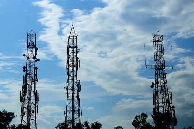 Nigerians get less value for voice calls, internet, as FG applies new 7.5% VAT