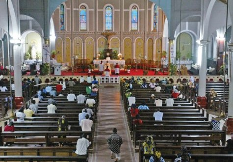 Churches record low turnout, Nigerians stock up as Covid-19 cases hit 30