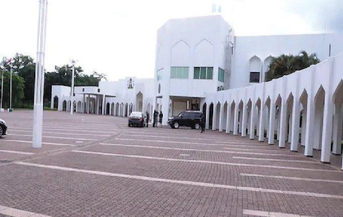 Presidency fumigates Buhari's office