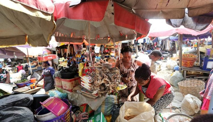 Surge in Lagos markets, banks, superstores as Coronavirus spreads