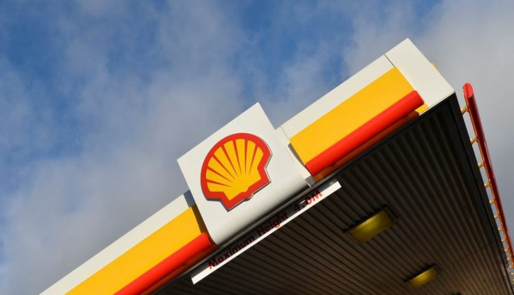 Shell slows down on refining, takes up $800m hit after oil price crash