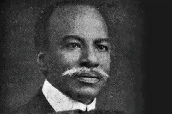 Dateline Lagos 1918-1924 – Herbert Macaulay and Henry Carr – a tale of two  Lagos boys - Businessday NG