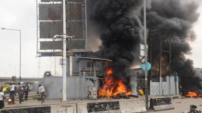 Party chieftain dumps APC over Lekki tollgate massacre