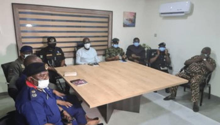 Obaseki meets with security chiefs, cautions curfew violators